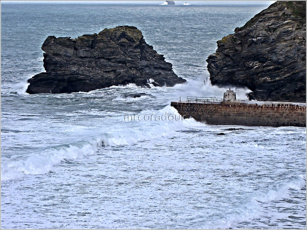Harbour Entrance at Portreath by Malcolm Chant
