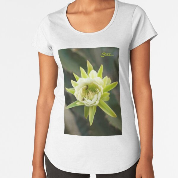 Princess of the Night - Bloom with Playful Bees Premium Scoop T-Shirt