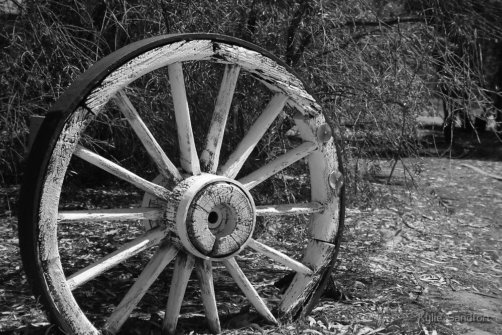 wagon wheel by Kylie  Sandfort