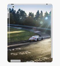 Aston Martin, Karussell Full-Colour iPad Case/Skin