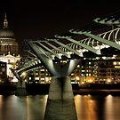 Millenium Bridge by duroo