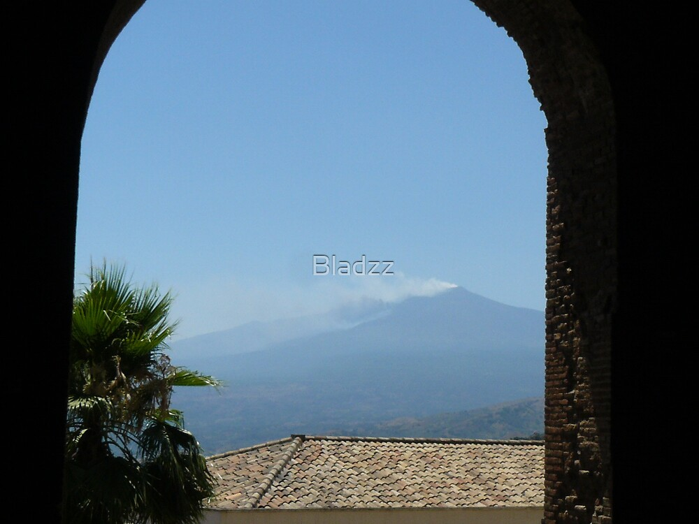 Mt Etna, Italy by Bladzz