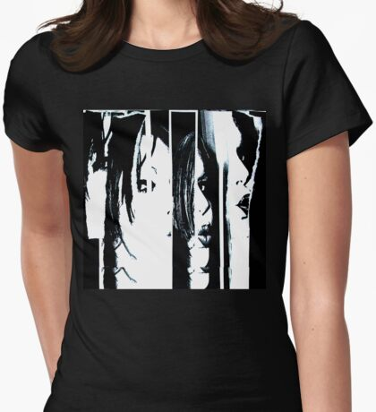 Between the lines T-Shirt