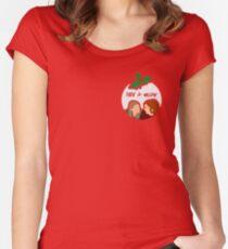 Willow & Tara Women's Fitted Scoop T-Shirt