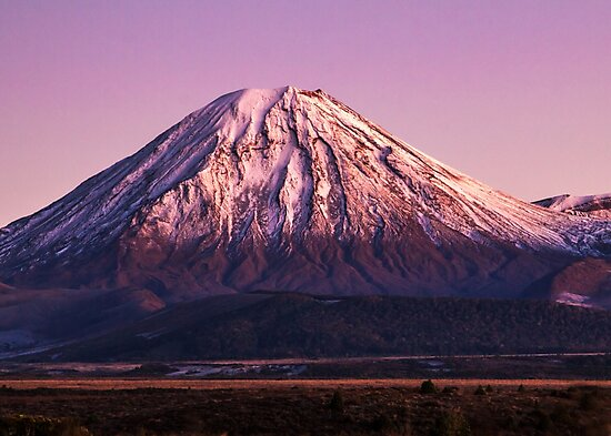 Mt Ngauruhoe by Nicholas Blackwell