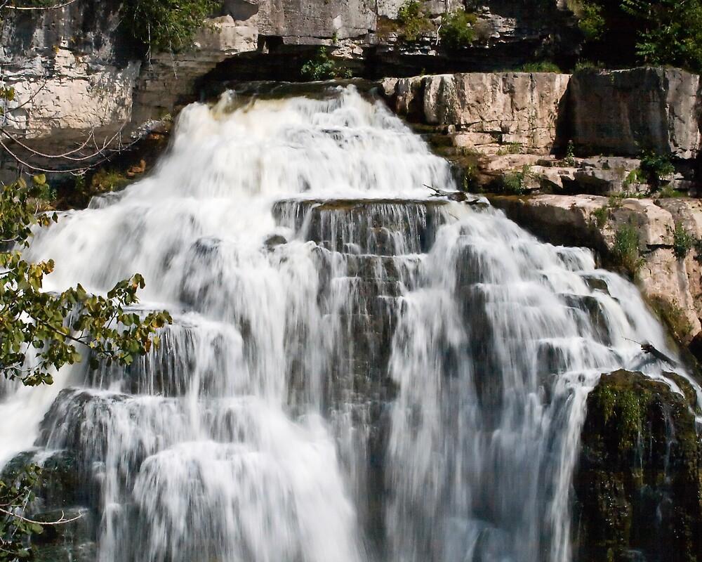 Inglis Falls by StephenCoyle