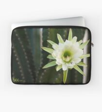 Princess of the Night - Blooming with Bee Laptop Sleeve