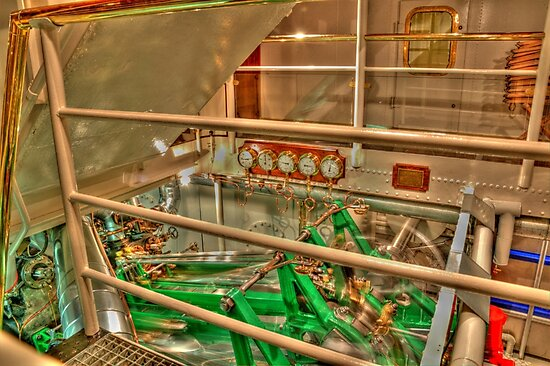 Steam boat engine by pdsfotoart