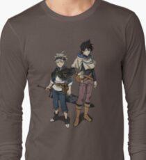 Camiseta de manga larga Diseño de trébol negro Yuno Asta Anime