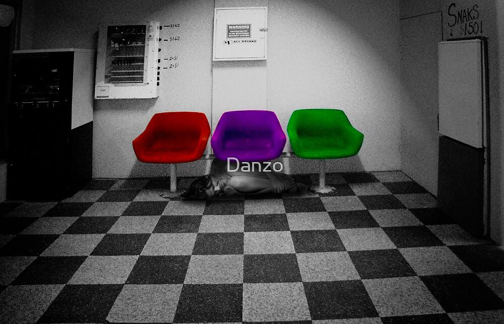 Sometimes i shine,then sometimes i hide. by Danzo