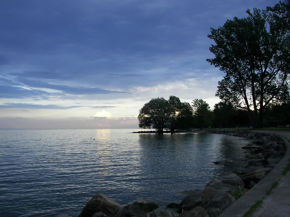 Lake Ontario as the Sun goes Down by madmac57