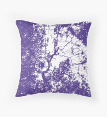 Cracked Wood Creature - Shee Texture / Pattern Throw Pillow