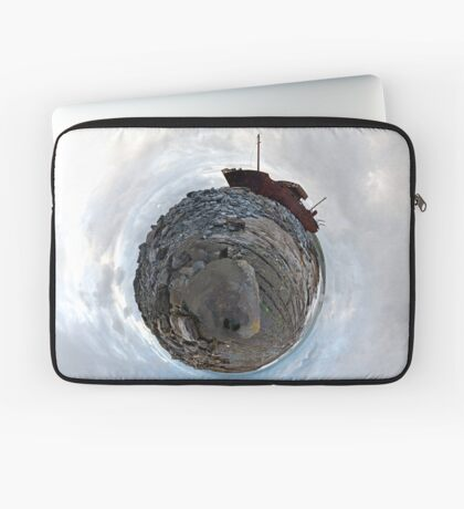 Shipwreck on Inisheer: The Plassey Wreck Laptop Sleeve