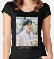 EXO - THE ELYXION // XIUMIN Women's Fitted Scoop T-Shirt