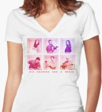 Community: We're back! Women's Fitted V-Neck T-Shirt