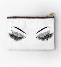 Glittery silver lashes Studio Pouch