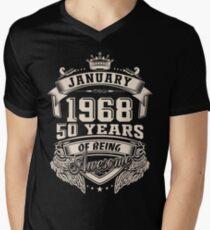 Camiseta para hombre de cuello en v Nacido en enero de 1968 - 50 años de ser increíble