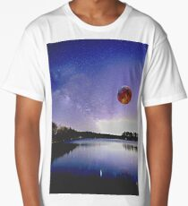 Blood Moon Over Milky Way Long T-Shirt