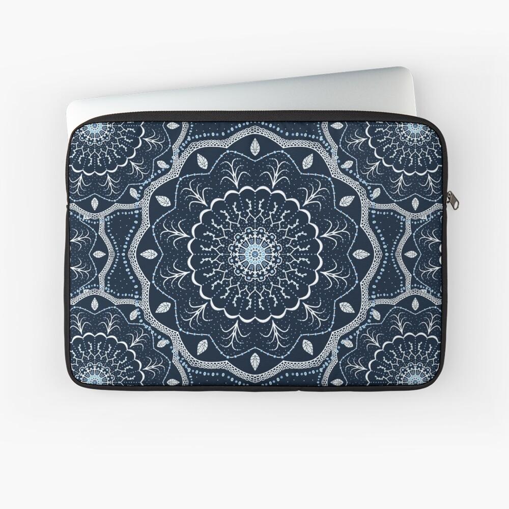 Schwarzes weißes blaues Mandala Laptoptasche