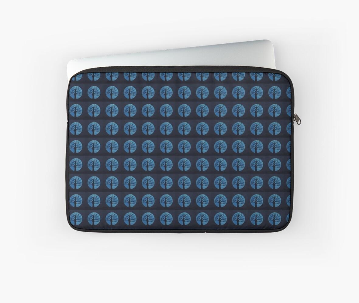 'Spooky Tree  (Blue)' Laptop Sleeve