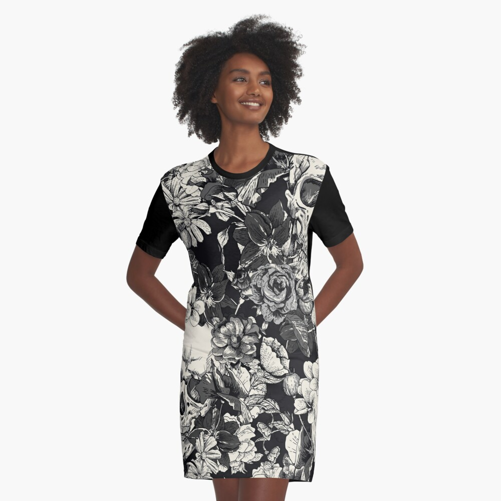 SKULLS Graphic T-Shirt Dress