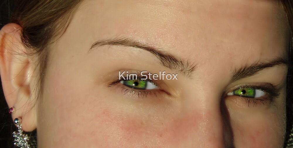 emerald eyes by Kim Stelfox