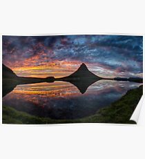 Der berühmte Berg Kirkjufell in Island Poster