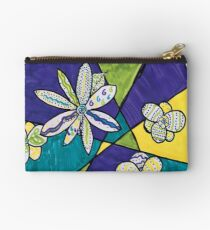 A Bloom in My Imagination by Lilia Studio Pouch