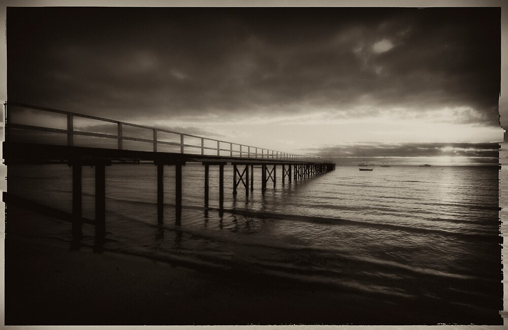 Vintage Pier 5 by Sue Wickham
