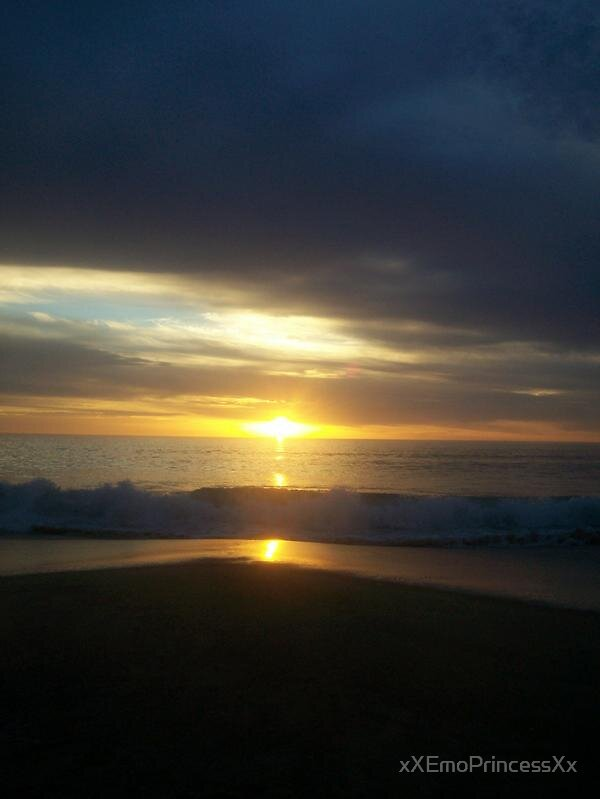Beautiful Sunset by xXEmoPrincessXx