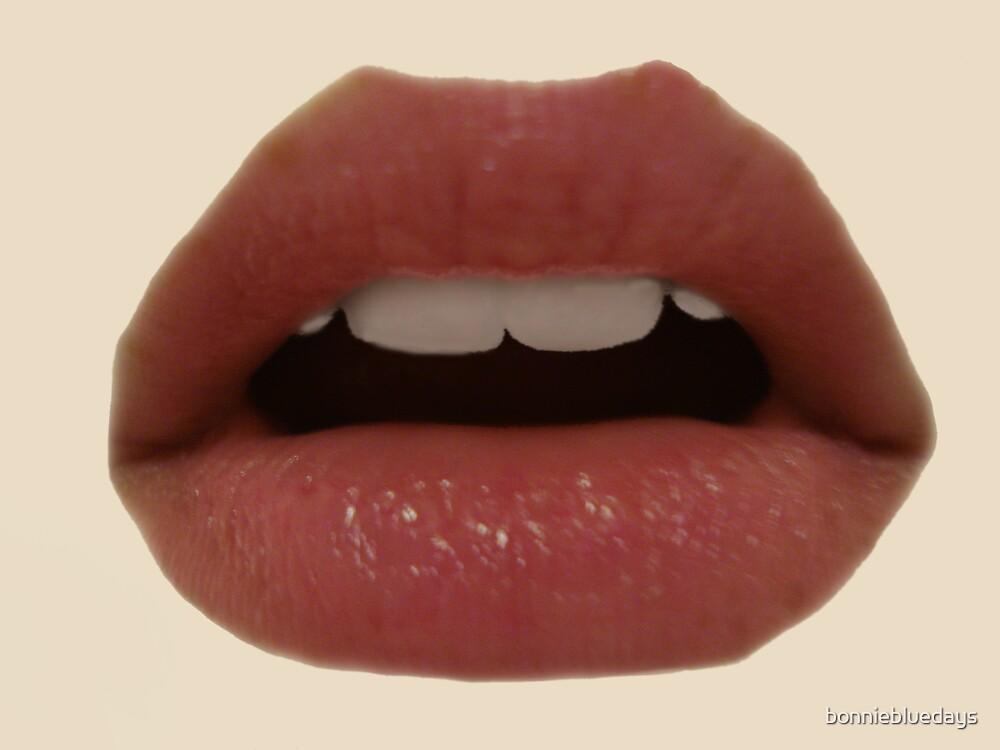 Hot Lips by bonniebluedays