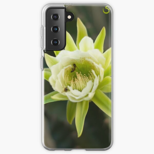 Princess of the Night - Bloom with Playful Bees Samsung Galaxy Soft Case