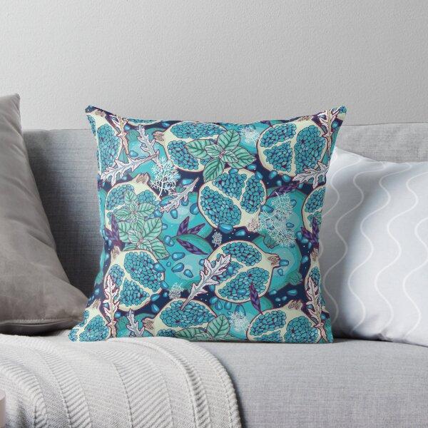 Frozen wonderland Throw Pillow