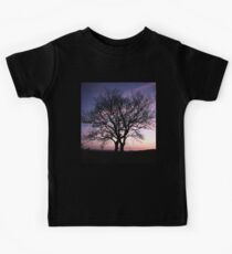 Two Trees embracing Kids Tee