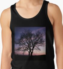 Two Trees embracing Men's Tank Top