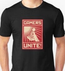 GAMERS UNITE T-SHIRT Unisex T-Shirt