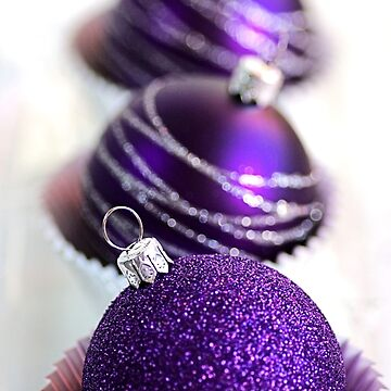 Christmas Purple Bauble Cupcakes by bubbleblue