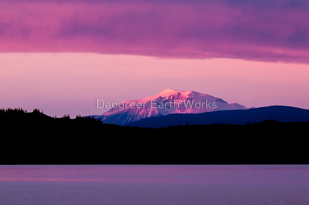Pink Hour by Daogreer Earth Works