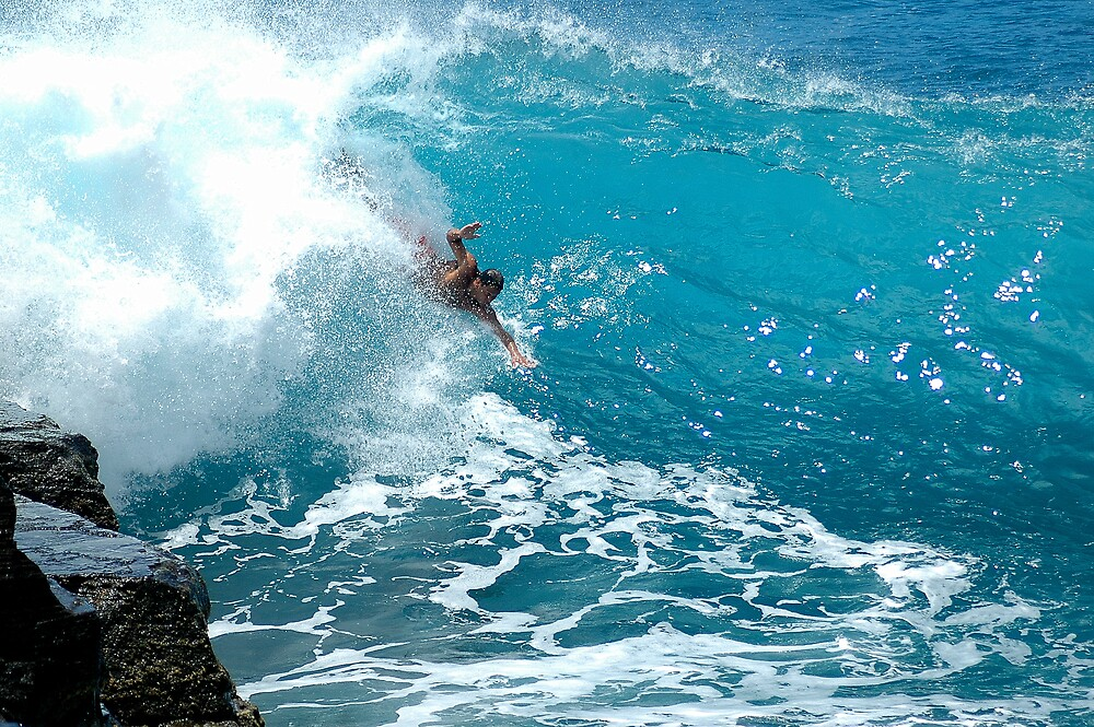 The Wall Southshore Hawaii  by Keikiole