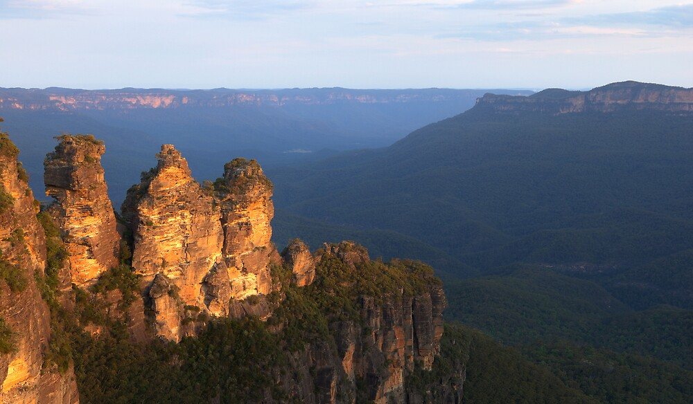 Three Sisters, Blue Mountains Sunset by natureshues
