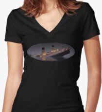 Titanic undiendose Women's Fitted V-Neck T-Shirt
