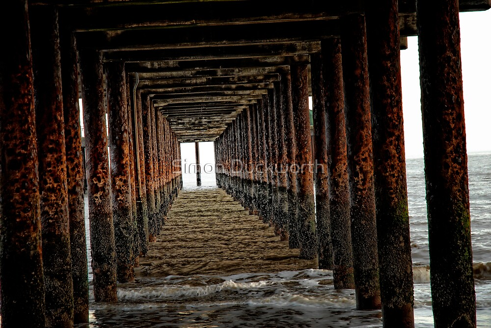 Pier support by Simon Duckworth