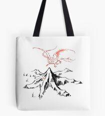 Roter Drache über einer einzelnen einsamen Spitze - Fan Art Tote Bag