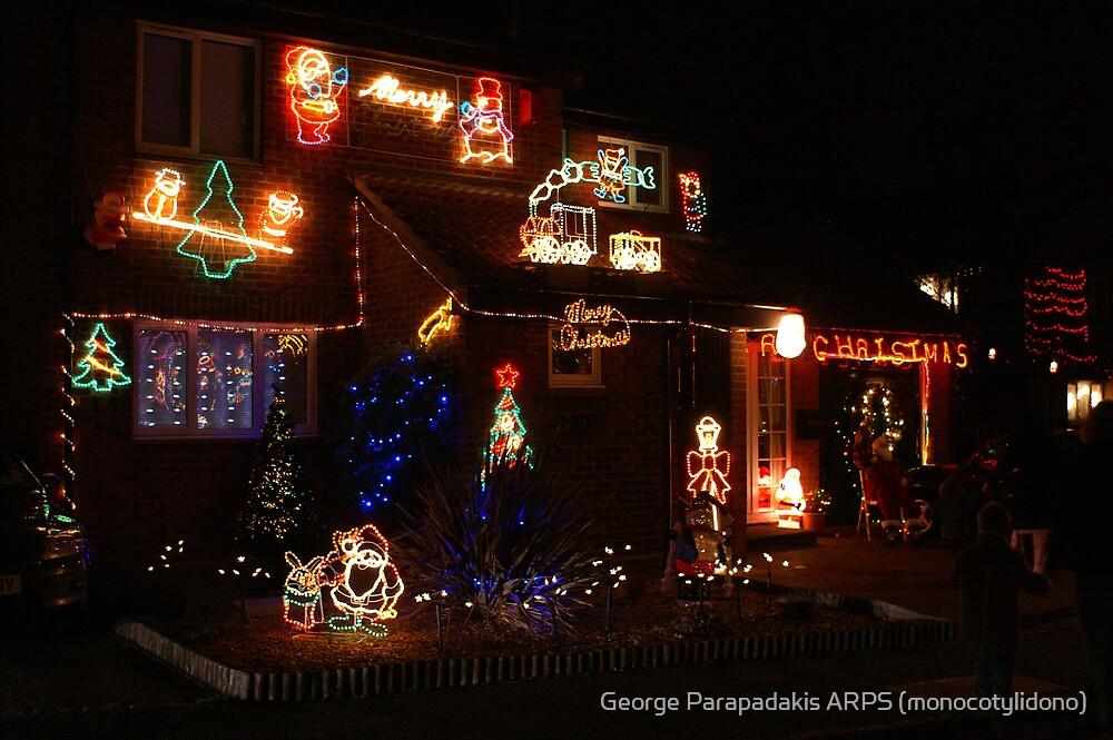 Festive lights by George Parapadakis (monocotylidono)