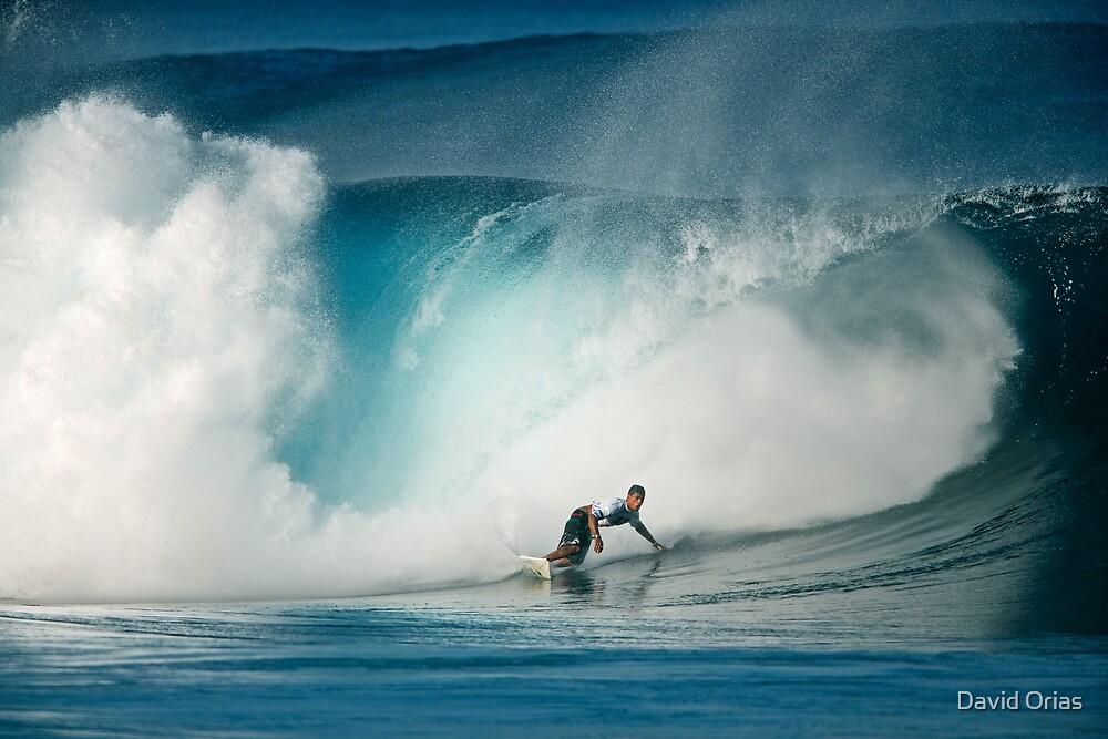 Pipeline Wave by David Orias