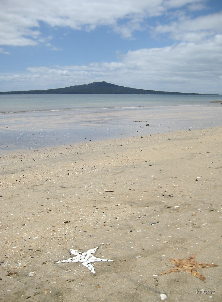 Beach stars & Rangitoto by knomz