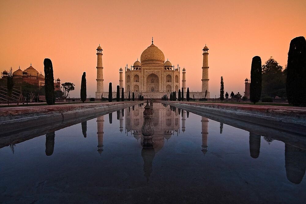 Taj Glow. by DaveBassett