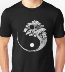 Yin Yang Bonsai Tree Japanese Buddhist Zen Unisex T-Shirt