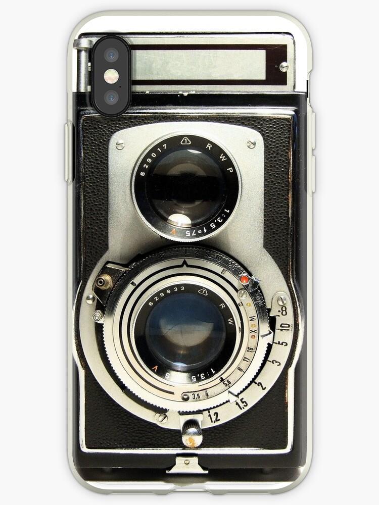 Retro Camera by Ewan Arnolda