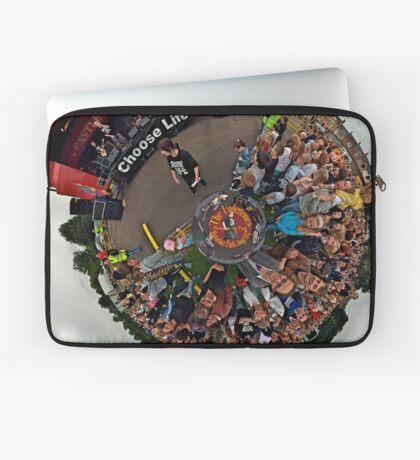 Teenage kicks - The Undertones play Brooke Park Laptop Sleeve